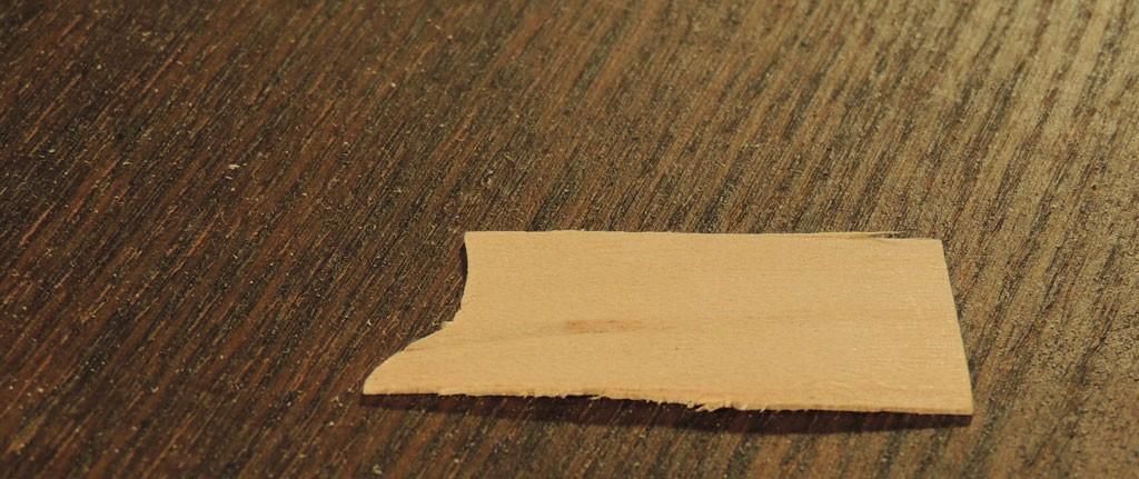 Spoonitükk liimimiseks katkisele sahtliservale
