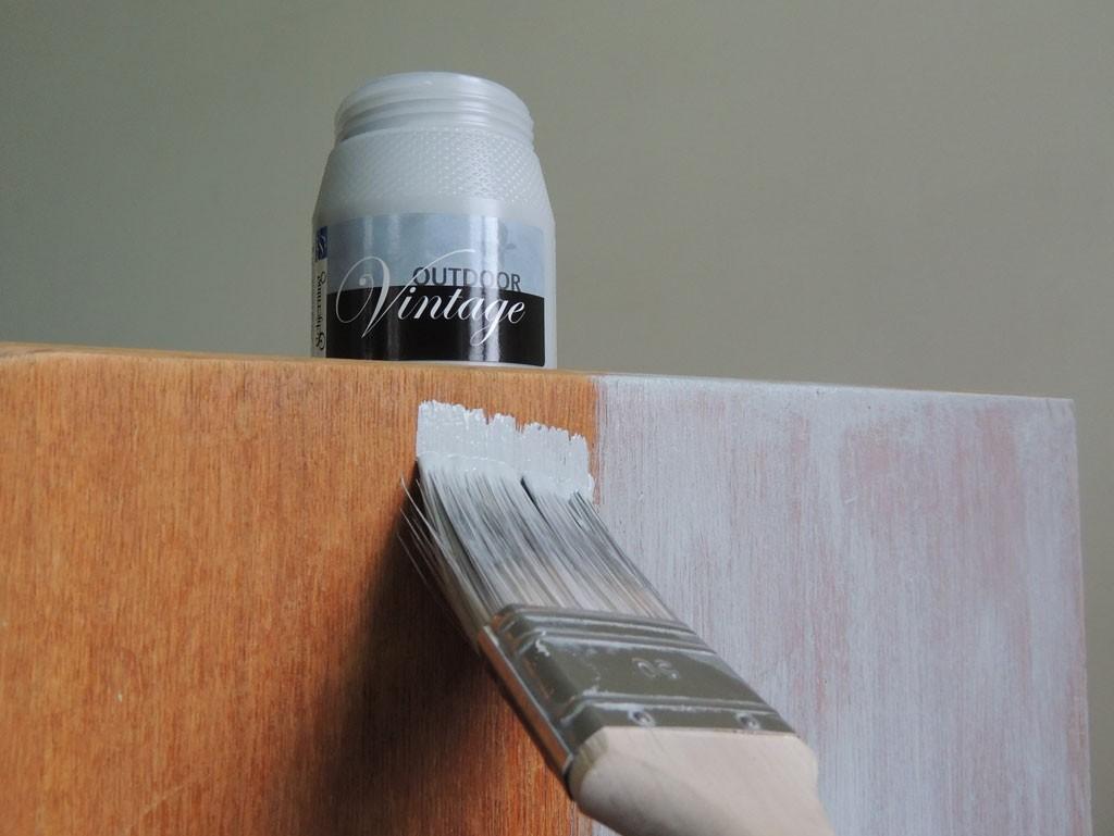 Mööbli värvimine kriidivärviga. Atmosfäär mööbel