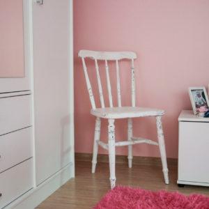 Puidust valge tool - Atmosfäär mööbel